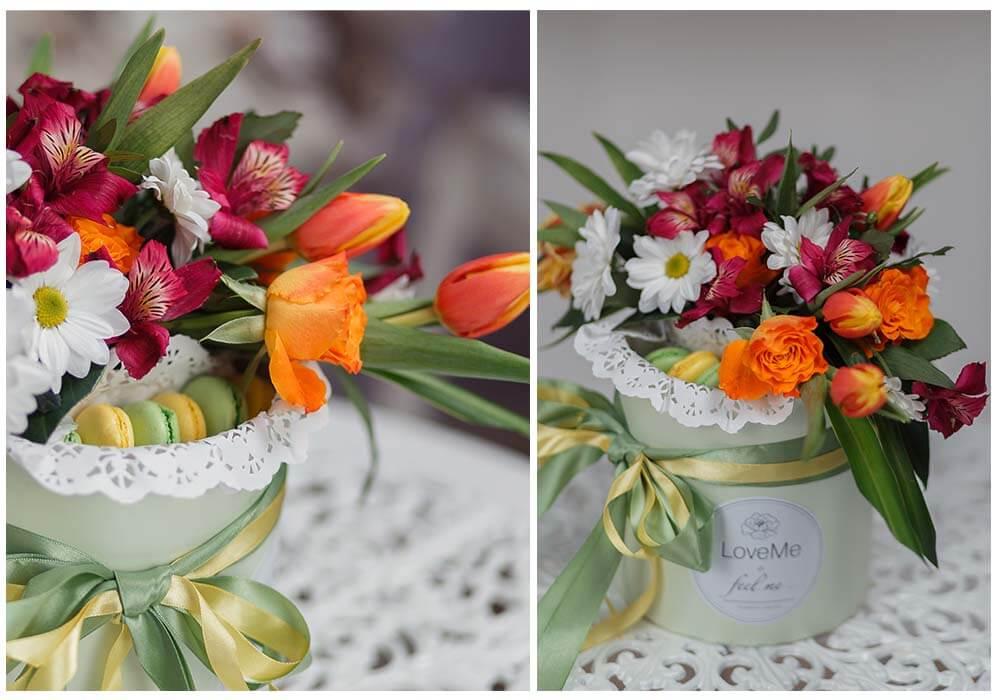 Цветы в шляпной коробке с макарунами сладостями вином под заказ цветы под заказ могилев свадебное агентство ЛавМи