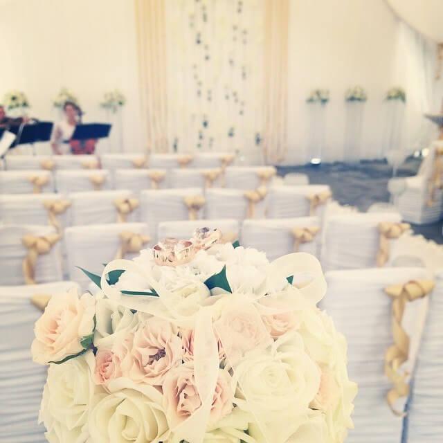 золотая свадьба выездная регистрация церемония росаись в шатре печерское предместье декор шатра банкетного зала ресторана украшение свадьбы свадебное агентство ЛавМи могилев