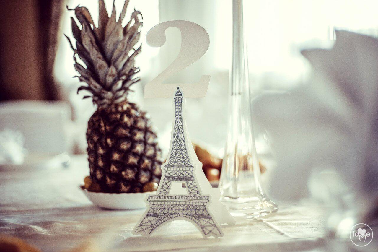 номера столов таблички эйфелева башня Французская парижская белая свадьба париж декор банкетного зала ресторана украшение организация свадьбы свадебное агентство ЛавМи Могилев